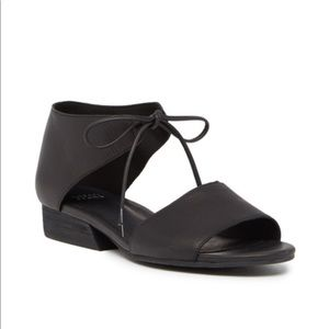 EILEEN FISHER Ely Sandals Size 6